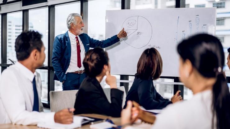 penerapan manajemen strategi